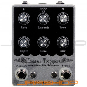 EarthQuaker Disaster Transport Modulated Delay Pedal
