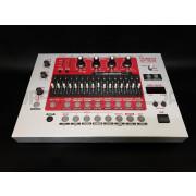 Roland EF-303 - Used